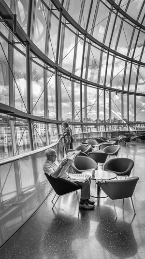 Morning paper at the Sage
