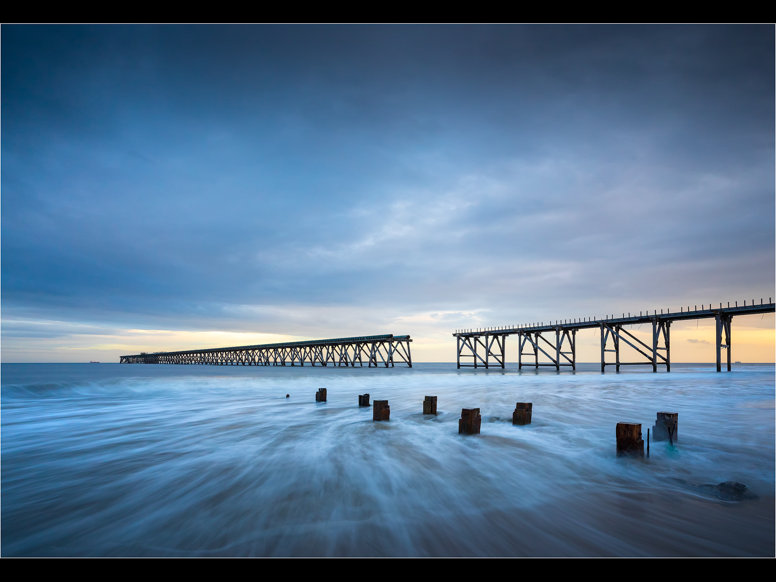 High_Tide_At_Steetley_Pier.jpg